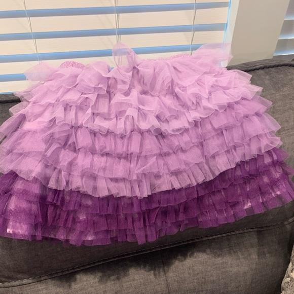 Girls gently used tutu style skirt